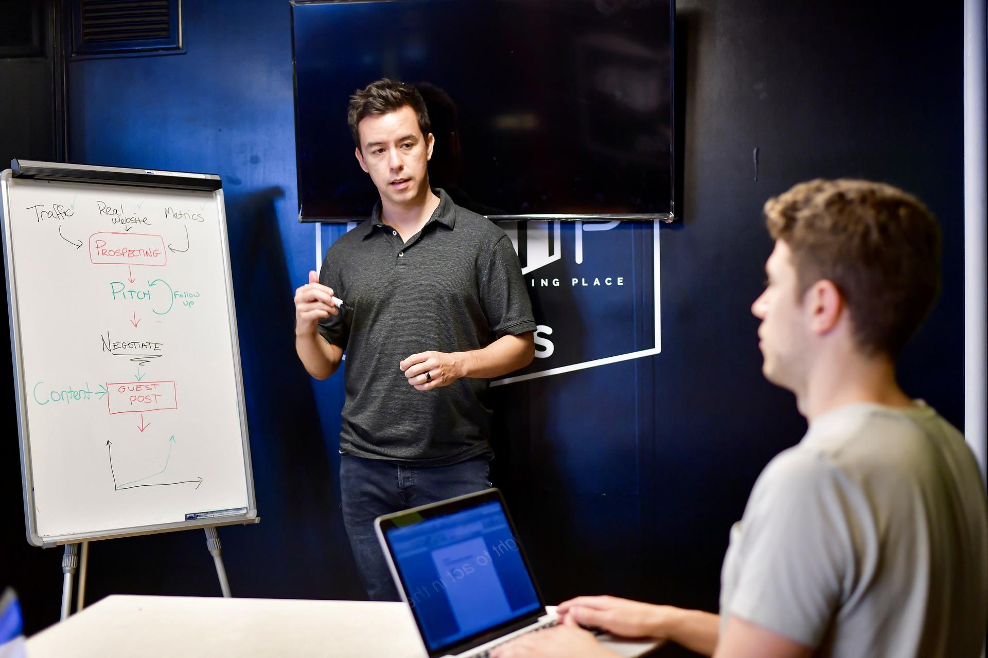 Awareness, training e cyber campus